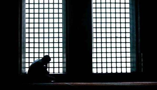 Ebû Ali ed-Dakkâk Sükût, ilahî huzurda bulunmanın âdâbındandır.