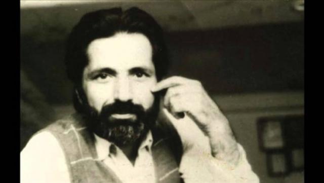 Bir hatırat olsa da kitabı okurken Zarifoğlu şiirinin tadı karşılar bizi sayfalarda. Aynı zamanda bir şairin hayata bakışı, yaşadıklarını anlamlandırış biçimini gözlemler, onun şiirinin derinliğine dair ip uçları yakalarız.