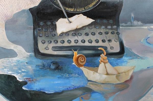 Türk edebiyatı tarihinde aynı anda deneme, roman, şiir ve hikâye türlerinde eserler veren isimler çok olmakla birlikte; kendisini özellikle hikâye ile ifade etmeyi tercih eden ve adı bu türle özdeşleşen isimler var. Sait Faik, Refik Halit Karay, Bilge Karasu, Oğuz Atay ve günümüze doğru gelirsek Mustafa Kutlu bunun en güzel örneklerinden. Bu yazarlar neden özellikle bu türü tercih ediyorlar ve hikâye onlarda neye karşılık geliyor? Hikâye kitaplarını yoldaş edinmiş pek çok okurun aklına takılan, merakımıza konu olan bir sorudur bu.