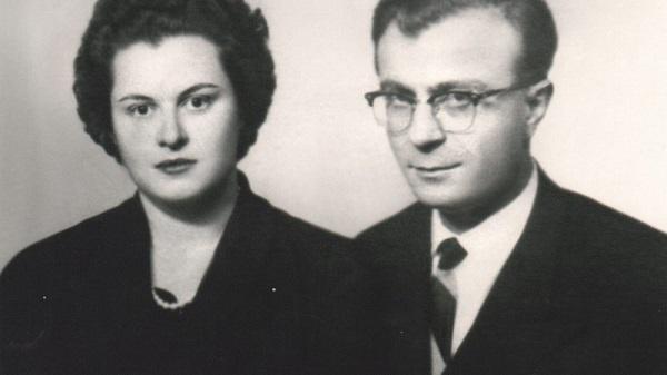 17 Ocak 1978'de vefat eden Osman Turan 1914'te Bayburt'ta dünyaya geldi. Babası 1. Dünya Savaşı'nda şehit düşen Turan'ın ailesi Çaykara ilçesine bağlı Soğanlı köyüne taşındı. İlkokulu Çaykara'da, ortaokulu Bayburt'ta, liseyi Trabzon ve Ankara'da okudu. Ankara Üniversitesi Dil ve Tarih-Coğrafya Fakültesi Tarih Bölümü'nde üniversite okudu ve Ortaçağ Tarihi Kürsüsü'nden diploma aldı.