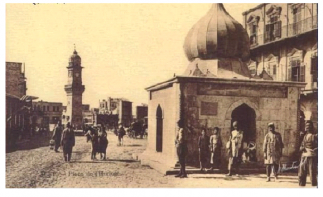 """Suriye'deki iç savaşta bugüne kadar Emevi, Eyyubi, Memlük ve Osmanlı dönemlerine ait UNESCO Dünya Mirası Listesi'nde bulunan yüzlerce tarihi cami, medrese, külliye, hamam ve hastane tahrip edildi. Suriye'deki Osmanlı eserlerini 25 yıldır inceleyen ve 8 kitap yazan Ortadoğu'da Osmanlı eserleri uzmanı Yıldız Teknik Üniversitesi Mimarlık Tarihi Kürsüsü hocası Suriyeli Mahmud Zeynel Abidin'in ifadesine göre: """"Son kuşatmalarla Halep'te 200 tarihi eser tahrip edildi. Halep mimarisinin yüzde 70'i Osmanlı eserlerinden oluşuyordu. Tamamı yok oldu. Tahrip edilen 200'e yakın eserden sadece 33'ü tespit edildi. 33 tarihi yapının öncesini bizzat ben fotoğrafladım. Bu eserlerden 22'sinin Osmanlı'ya ait olduğunu, hatta 2'sinin Mimar Sinan'a ait olduğunu tespit ettim. Mimar Sinan'ın 2 eserinden biri tamamen yok olmuş, biri de yüksek oranda tahrip edilmiş durumda."""""""