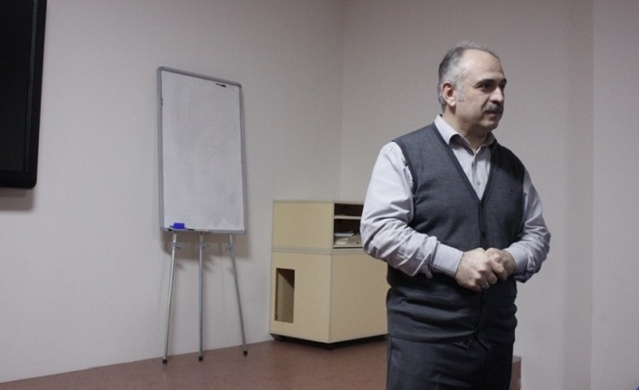 İhsan Fazlıoğlu'na göre bir millet için tarihin anlamı ve önemi nedir?