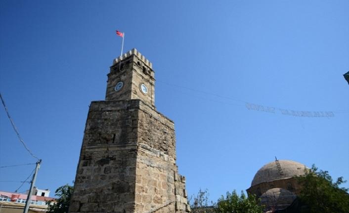 Antalya Saat Kulesi'nin kubbesi restore ediliyor