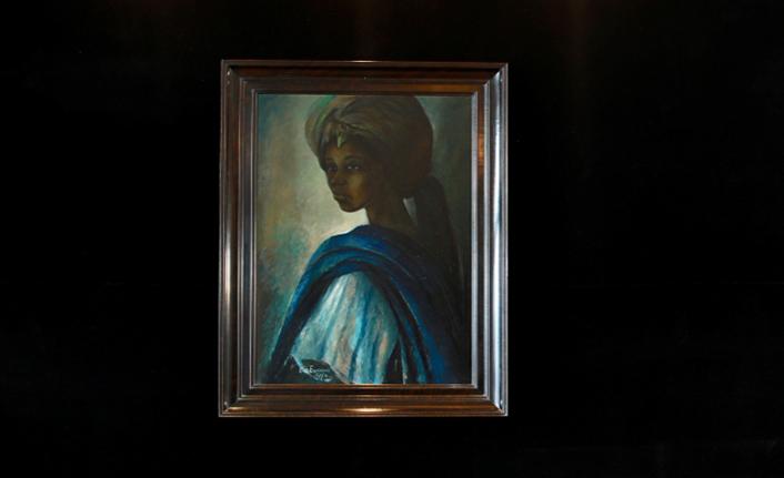 """""""Nijeryalı Mona Lisa"""" tablosu evine geri döndü"""