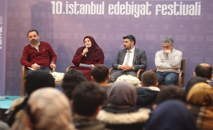 10. İstanbul Edebiyat Festivali 3. gününde söyleşiler, dinletiler ve şiirlerle devam etti