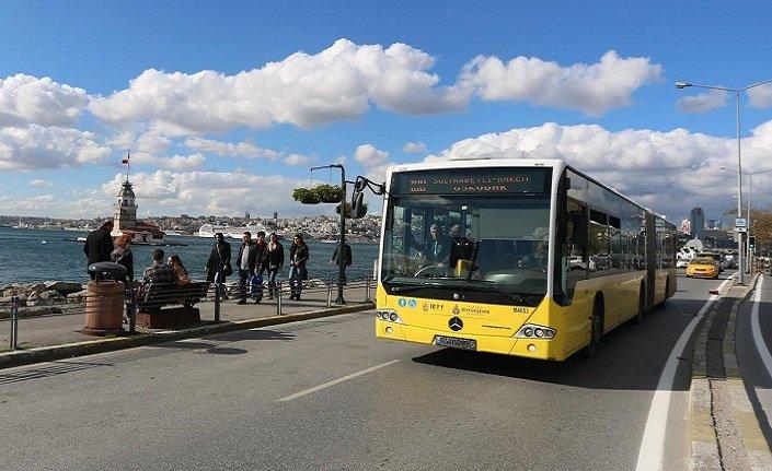 Bir şair otobüsle...