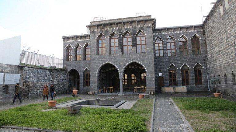 Diyarbakır'ın 400 yıllık konakları yaşamla buluştu