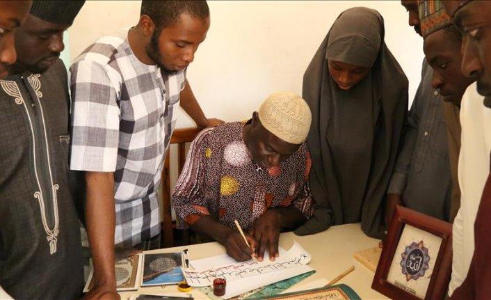 Nijerya'nın ilk hattatları Türkiye'nin desteğiyle eğitim alıyor
