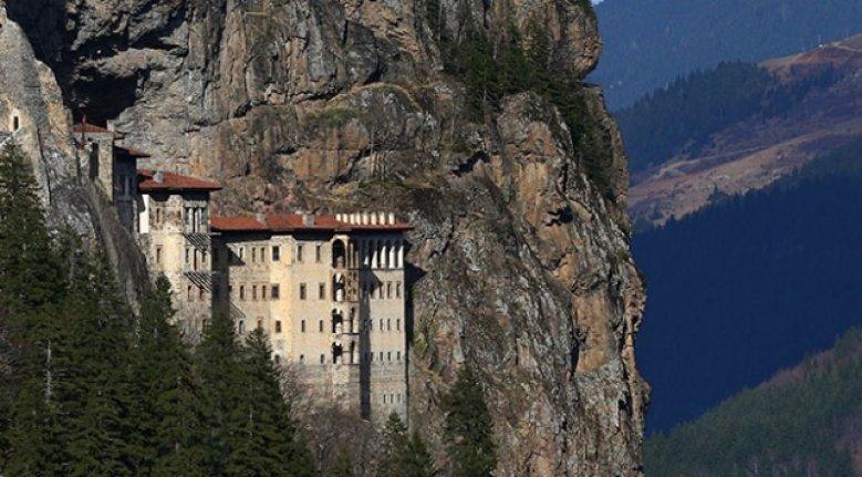 Sümela Manastırı'na 2 bin ziyaretçi