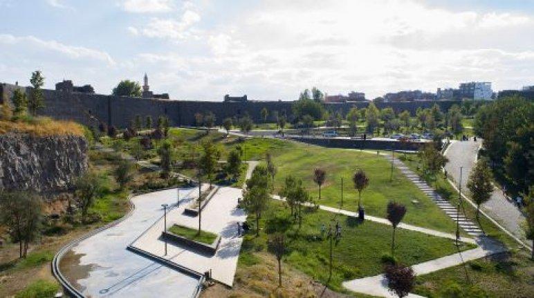 Diyarbakır'daki millet bahçesi tamamlanıyor