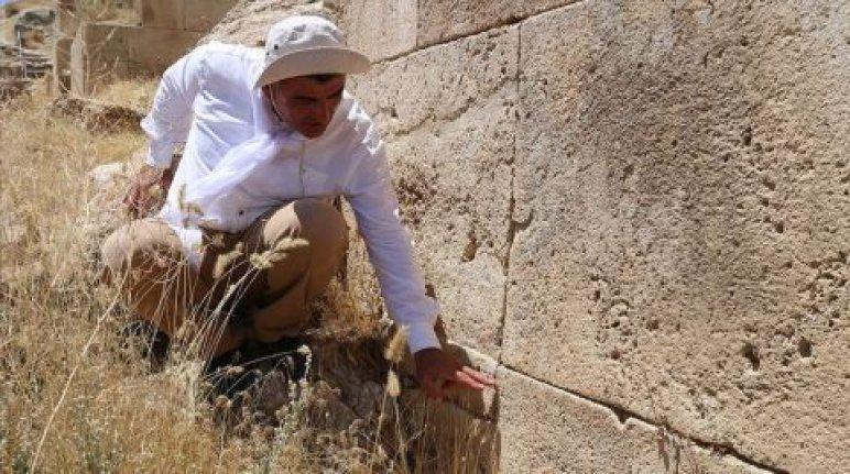 """Urartular depreme karşı """"Kilitli Taş"""" kullanmış"""