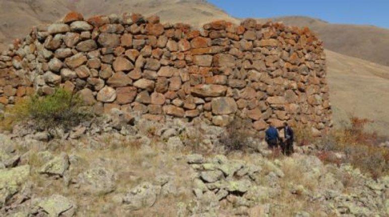 2700 yıllık kalede tescil çalışması