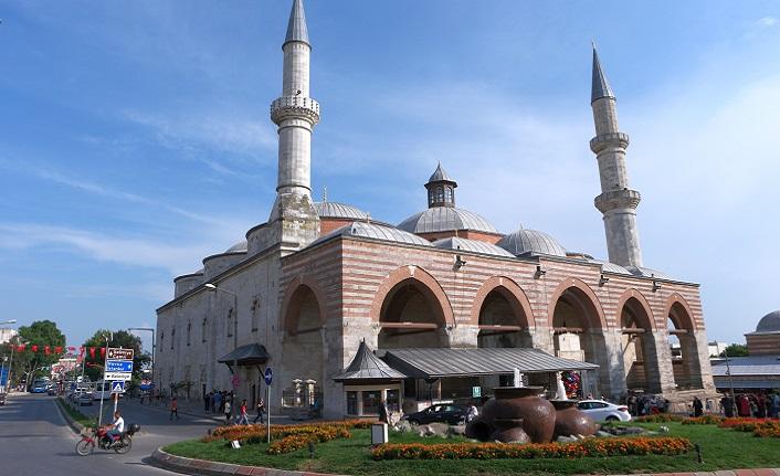 Edirne'de Eski Cami'nin verdiği huzur başka