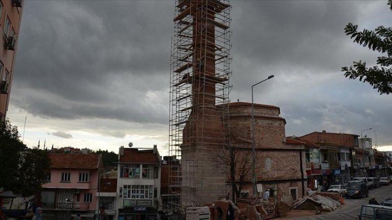 600 yıllık tarihi caminin restorasyonunda sona gelindi