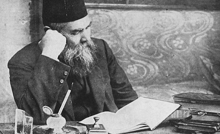 Türk halkına romanı sevdiren yazar: Ahmet Mithat Efendi
