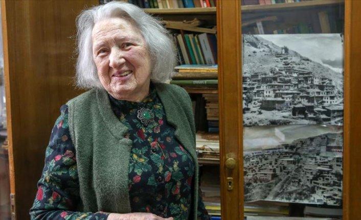 Gürcü Türkolog Tsisana Abuladze: Türkçe çok zengin bir dil