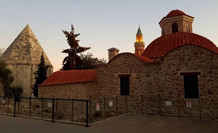 Dergâh ruhunu ve hoşgörüyü yaşatan bir ata yadigârı: Antalya Mevlevihanesi