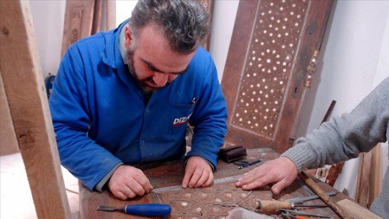 Osmanlı yadigarı sedef işlemeler 40 yıllık sedefkara emanet