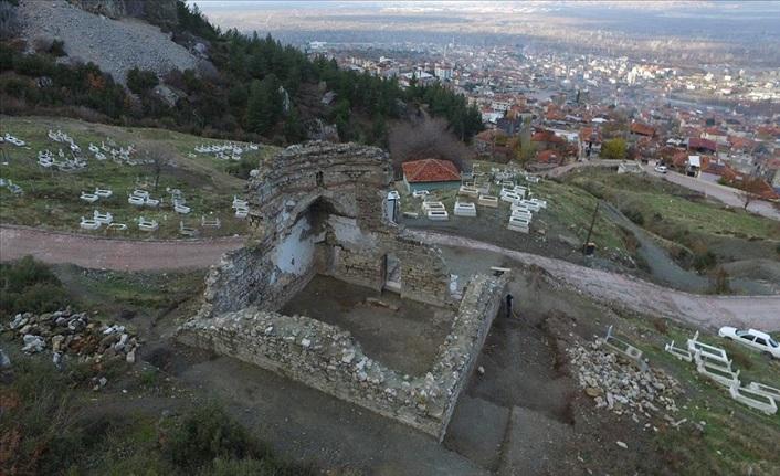 Denizli'deki 591 yıllık Sultan 2. Murat Camisi'nin restorasyonu devam ediyor