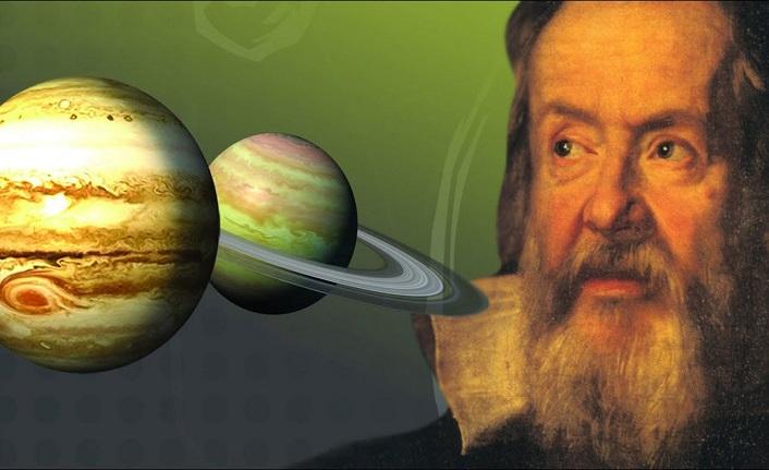 Ay'a bir teleskop çevirdi ve tarihin akışı değişti