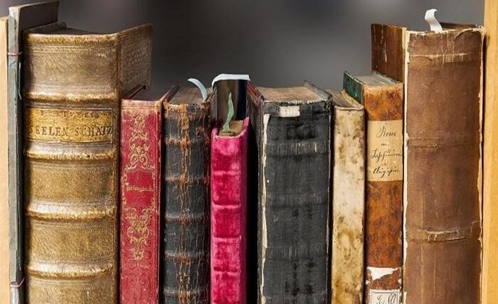 Türkiye dışındaki çağdaş Türk edebiyatı üzerine