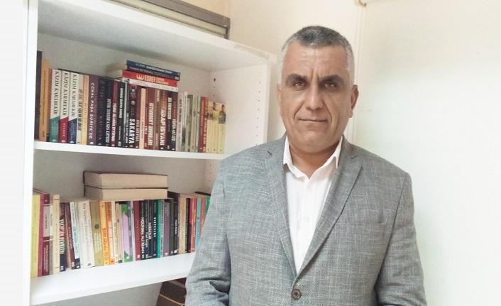 Mehmet Poyraz ile laiklikten İslâmcılığa 'Yaşar Kemal' söyleşisi