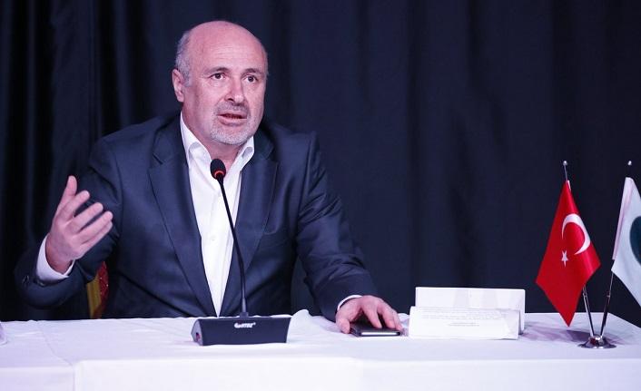 """Dr. Recep Karakaya: """"Ermeni terör örgütlerinin bağımsız bir devlet kurma çabaları ve isyanlar çıkarmaları, Ermeni toplumunun azınlıkta kalan bir kısmını ayrılıkçı emellere yöneltmiştir."""""""