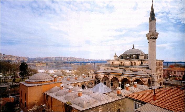 Bir vezir, bir şehzade ve bir külliye: Zal Mahmud Paşa Külliyesi