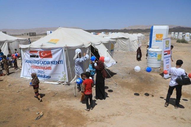 Sadakataşı Yemen'de çadır kent açılışı gerçekleştirdi