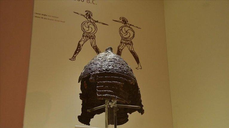 Çorum Boğazkale Müzesi'nin en nadide eseri: 2 bin 800 yıllık demir miğfer