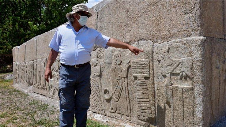 Hititler'de 'kabartmalı ortostat' kültürü Alacahöyük'te başlamış