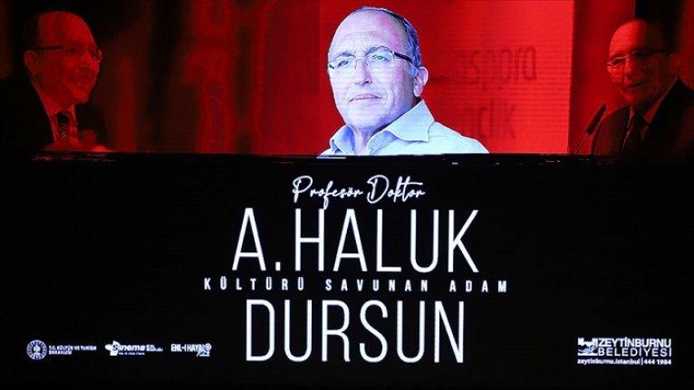 Prof. Dr. Ahmet Haluk Dursun, Zeytinburnu Belediyesi'nce düzenlenen törenle anıldı