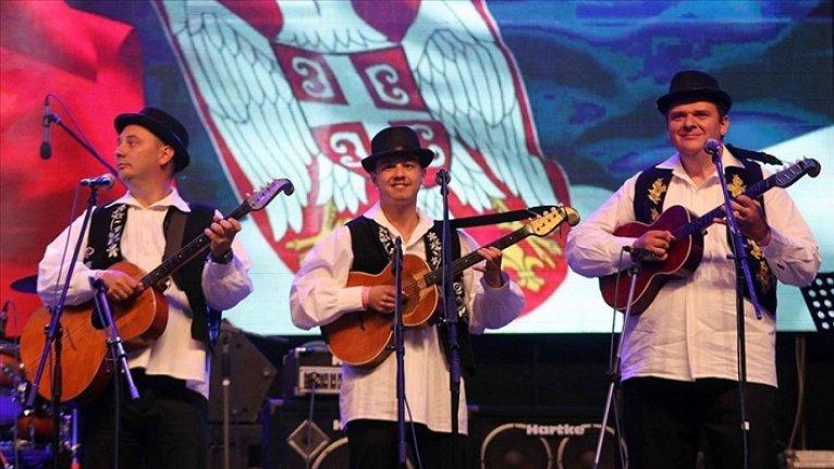 Sırbistan'daki 'Tamburica Festivali'nde ödüller sahiplerini buldu