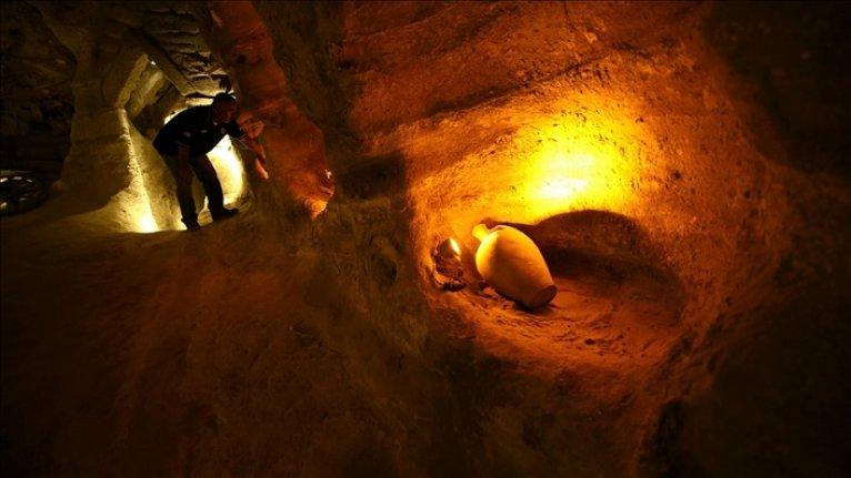Tarihi yamaç yerleşimi Kayaşehir'de ortaya çıkarılan at ahırı müzeye dönüştürülüyor