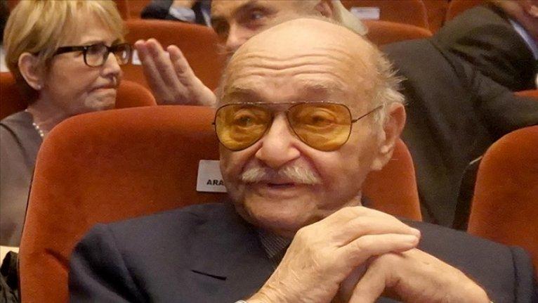 Türk sinemasının üretken yönetmeni Aram Gülyüz