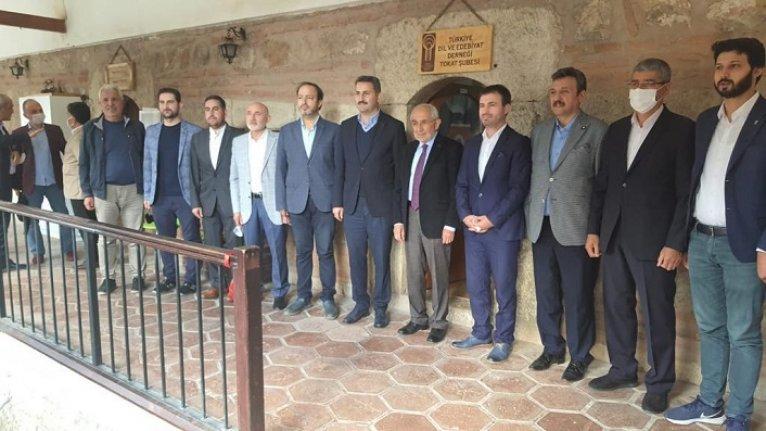 Türkiye Dil ve Edebiyat Derneği Tokat Şubesi'nde nöbet değişimi
