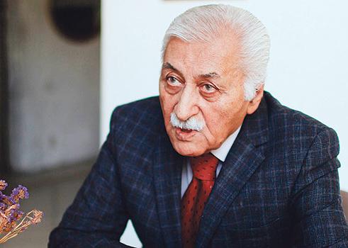 Yavuz Bülent Bakiler ile hayatını konuştuk