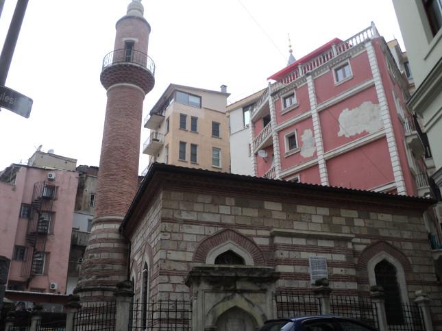 Fetihten sonra Beyoğlu'nda yapılan ilk cami