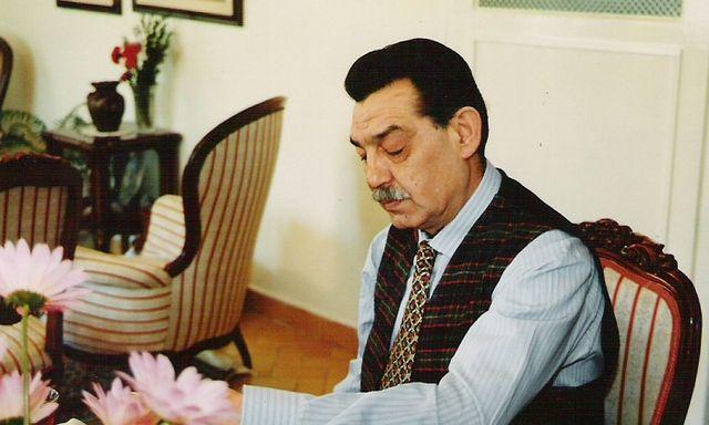 Fikir adamı ve sendikacı Mehmet Akif İnan
