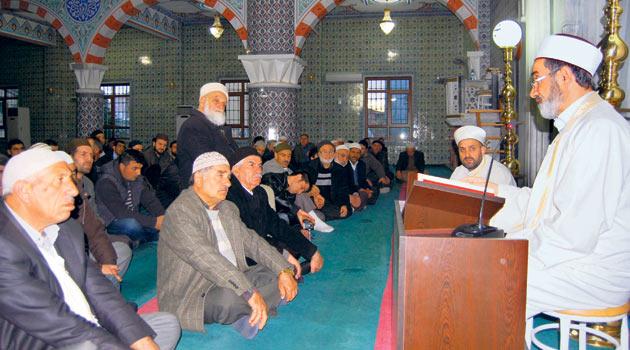 Cami cemaati mesai saatlerini tanımaz
