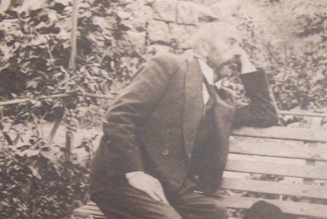 Samimi Bir Sanatkar, Kırılgan Bir Babaydı Mehmed Akif