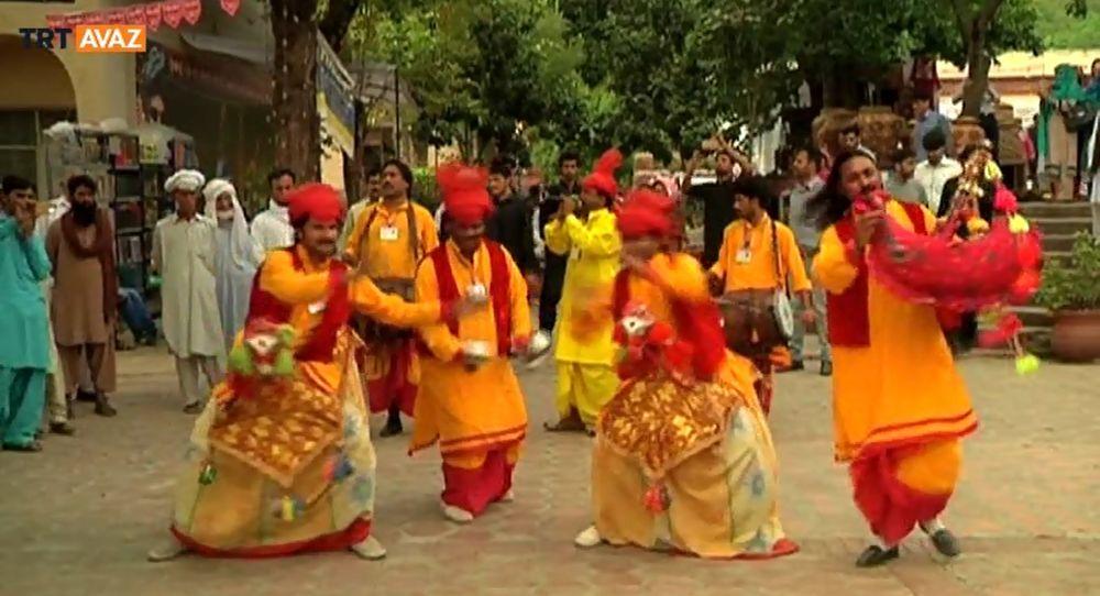 Pakistan'da Dört Kültür, Bir Festival (Video)