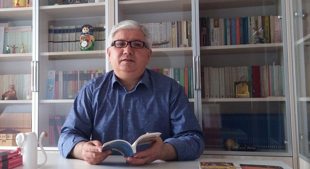 Mesut Doğan ile 'Meczupların Görevleri'ni Konuştuk
