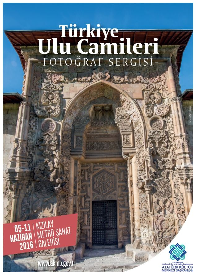 Türkiye'nin tüm ulu camileri bir albümde