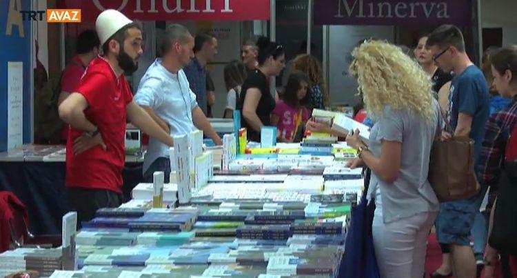 Priştine'deki Kitap Fuarına Yoğun İlgi (video)