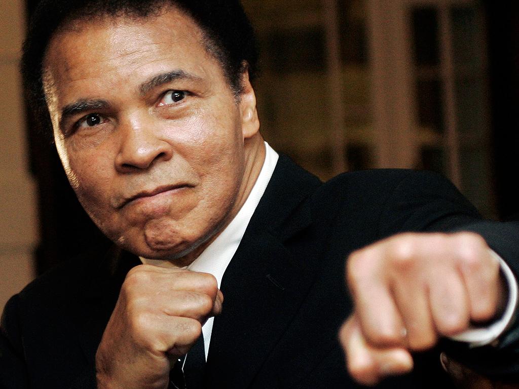 Muhammed Ali Sevgiden İbarettir