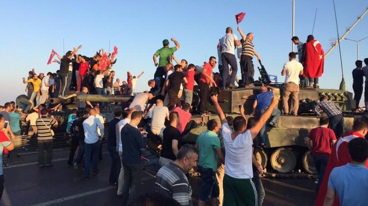 15 Temmuz Türkiye'de Darbelerin Bitişinin Miladıdır