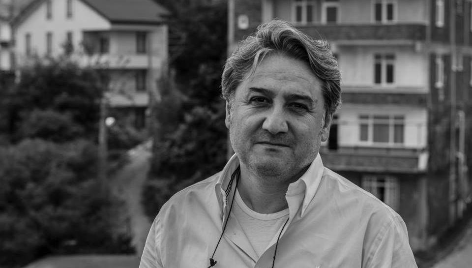 Türkçeden Başka Kendimi Hiçbir Yere Ait Hissetmiyorum