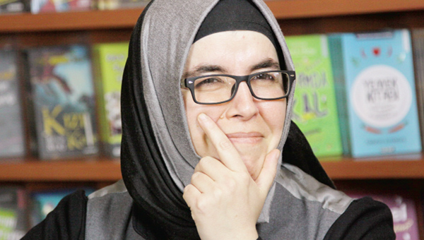 Mine Sota'dan Çiğdem Can'a, Mizahtan Hüzüne: Hiç