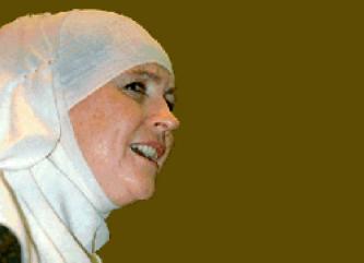 ABD'de İslam'ın kadın sesiydi!